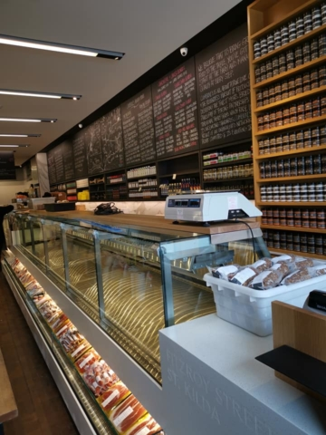 Solid Surfaces for Restaurant